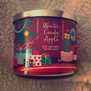 NWT Bath & Body Works Winter Candy Apple Candle